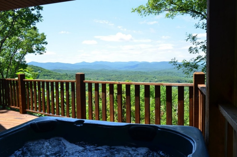 log-cabins-with-hot-tubs5
