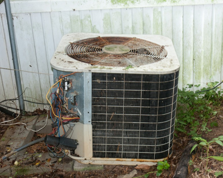old-air-conditioning-unit
