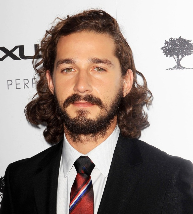 shia-labeouf-premiere-lawless-01