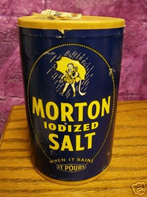 rare-old-morton-salt-container-1941-salt-girl_1_6f56cb0dcbeb5f970e27a04a7aa06c61