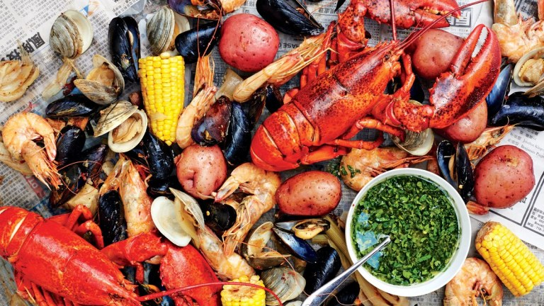 shellfish-boil-with-spicy-green-dipping-sauce